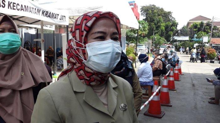Tak Lolos Tes Kesehatan, Sejumlah Lansia di Puskesmas Kramat Jati Tunda Vaksinasi Covid-19