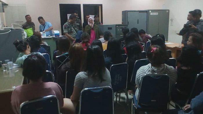 57 Orang Terjaring Razia Kos-kosan dan Kontrakan yang Diduga Jadi Tempat Mesum Di Depok