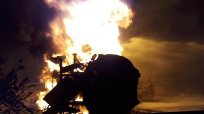 Polisi Periksa 3 Saksi Terkait Terbakarnya Truk Pertamina dan Calya di Tol Wiyoto Wiyono
