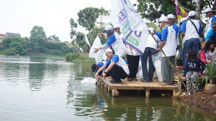 KERAPU Jabodetabek Sebar 200 Ribu Ikan Nilem dan Bersih-bersih Situ Tujuh Muara