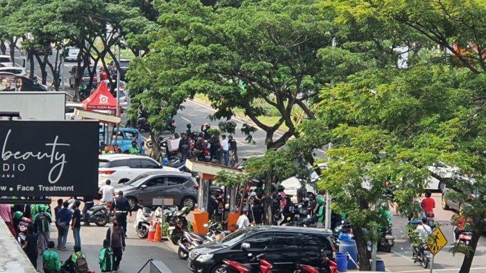 Kronologi Keributan di Perumahan Cipondoh: Driver Ojol Tertembak di Jempol, Sekuriti Ditodong Pistol