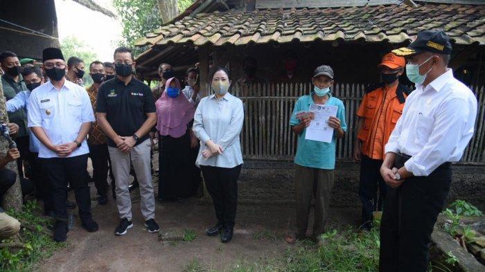 1.178 Warga Pelosok Kabupaten Tangerang Dapat Bansos, Bantuan Bakal Diperpanjang Sampai Desember