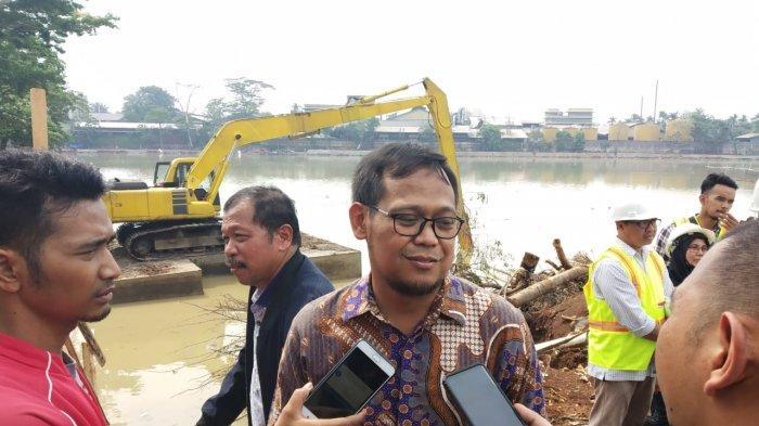 Ketua Komisi IV DPRD Jawa Barat Imam Budi Hartono ketika dijumpai wartawan di lokasi proyek revitalisasi Situ Rawa Kalong, Tapos, Kota Depok.