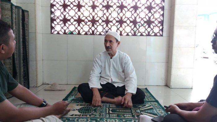 Ketua Masjid Jami Al Mukarromah Makam Keramat Kampung Bandan, Habib Alwi Bin Ali Asy-Syathri saat ditemui, Jumat (10/5/2019).