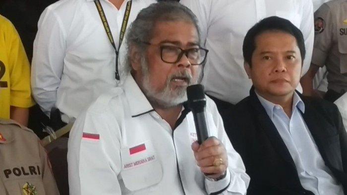 Ketua Umum Komnas Perlindungan Anak Arist Merdeka Sirait di Mapolres Metro Jakarta Utara, Senin (10/2/2020).