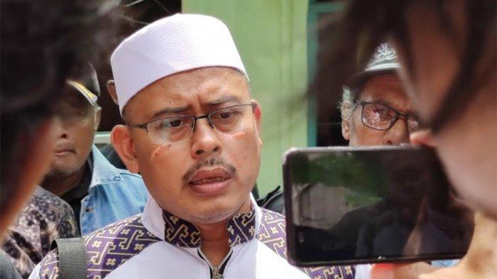 3 Kali Terima Teror Pelemparan Batu, Ketua PA 212 Slamet Maarif Menantang Pelaku:Lebih Gentle Ketemu