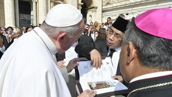 PROFIL KH Yahya Cholil Staquf, Calon Pengisi Jabatan Menteri Agama yang Pernah Jadi Jubir Gus Dur