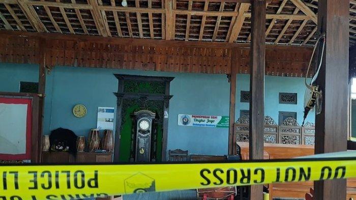 TKP Pembunuhan Ki Anom Subekti di Desa Turusgede, Kecamatan Rembang Kota, Kabupaten Rembang.