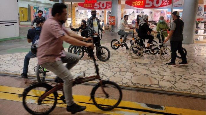 Kini Warga Bisa Bersepeda di Dalam Pusat Perbelanjaan Kota Tangerang