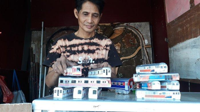 Miniatur Kereta dan Lokomotif di Manggarai, Iskandar Jual ke Malaysia Hingga Singapura