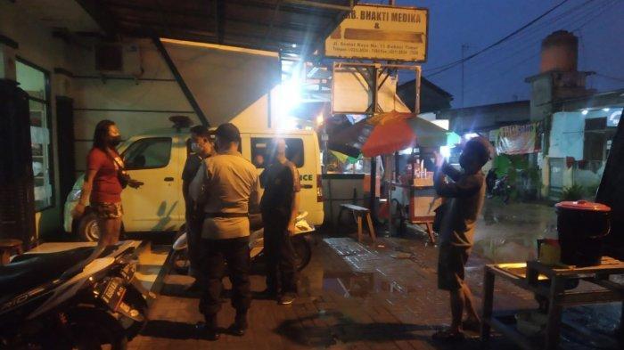 Menjerit Kesakitan Sambil Pegangi Perut, ODGJ Berjuang Melahirkan Sendirian di Pinggir Jalan Bekasi