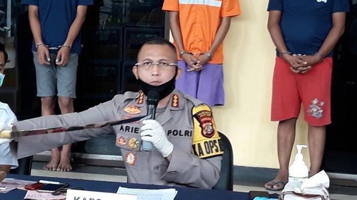 BREAKING NEWS Coba Tembak Petugas, Dua Begal Diduga Napi Asimilasi di Condet Tewas Didor