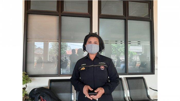 Kabag Humas Polres Metro Bekasi Kota, Kompol Erna Ruswing