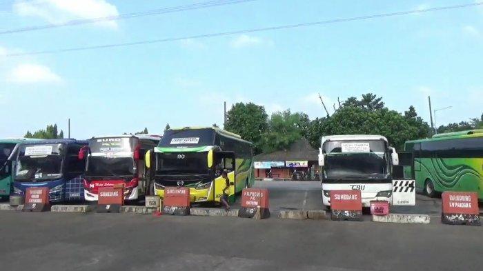 Pemerintah Larang Mudik, PO Bus di Terminal Kampung Rambutan Bingung Bayar THR ke Awak Bus