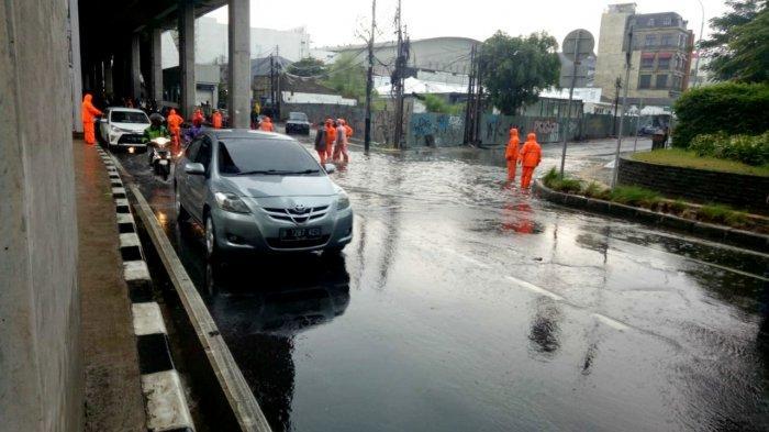 Banjir di Bawah Stasiun MRT Cipete, Camat Cilandak Sebut Karena Saluran Air yang Kecil