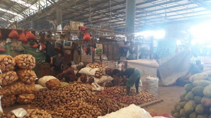 H+5 Lebaran, Pasar Induk Kramat Jati Masih Sepi Pedagang