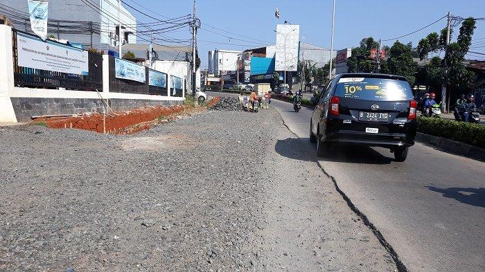 Tanggapan Wagub Banten Soal Rusaknya Jalan Raya di Tangerang Selatan