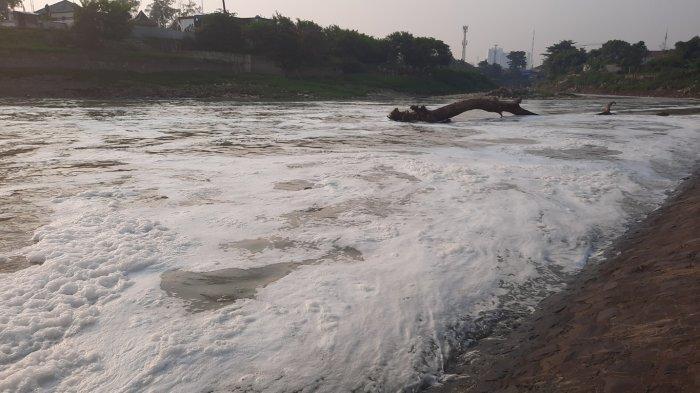 Wakil Wali Kota Bekasi: Penanganan Masalah Limbah Kali Bekasi Harus Menyeluruh