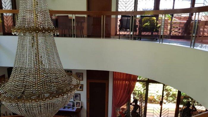 Kondisi rumah mewah di Kebon Jeruk, Jakarta Barat sebelum dipreteli pencuri.