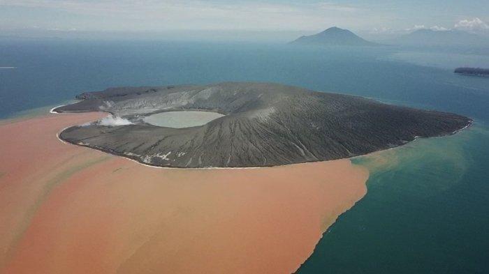 Sederet Fenomena Alam yang Muncul Seusai Letusan Gunung Anak Krakatau: Puncak Gunung Hilang