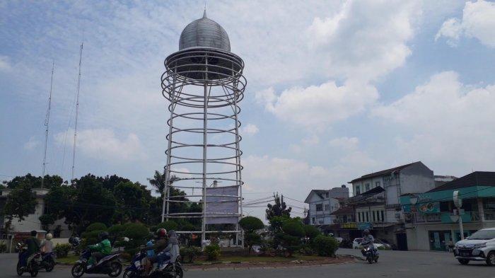 Kondisi Tugu Pamulang di Bundaran Pamulang, Jalan Siliwangi, Kecamatan Pamulang, Tangsel, Rabu (14/4/2021).