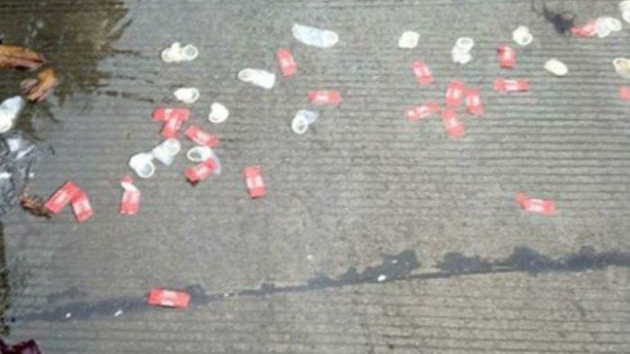Viral di Medsos Usai Diguyur Hujan Deras di Tangerang, Puluhan Kondom Bekas Muncul di Tengah Jalan