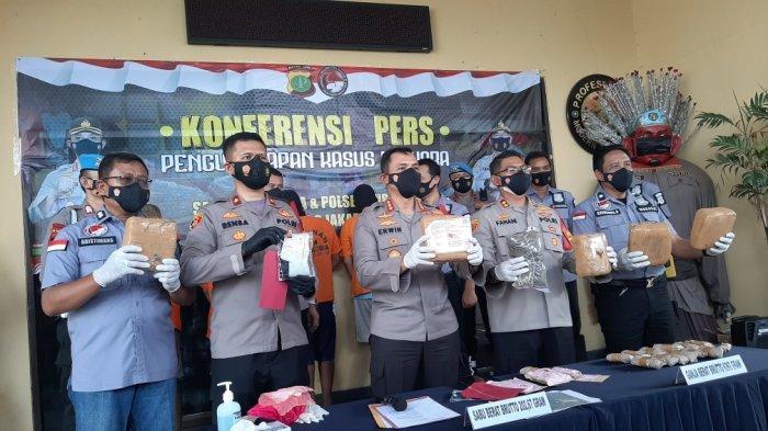 Edarkan Sabu di Wilayah Jakarta, Dua Pelaku Diamankan di Duren Sawit