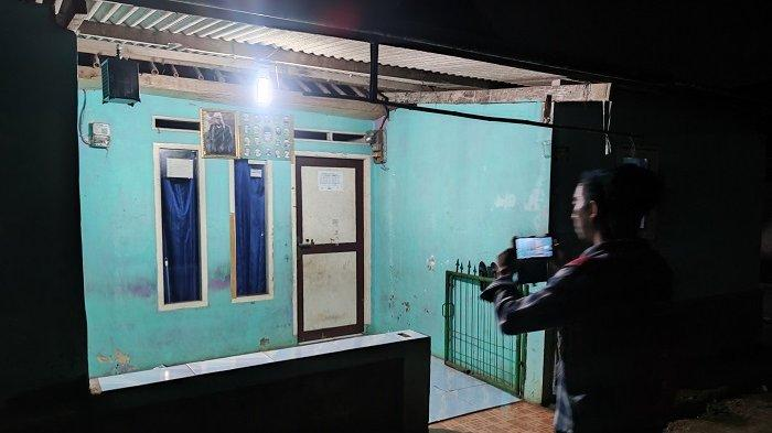 Sosok Tetangga yang Dituduh Ibu Wati Pengangguran Tapi Banyak Uang Masih Misteri, Warga Penasaran