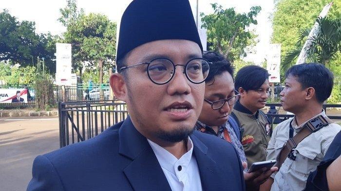 Prabowo Minta Pendukung Tak Turun ke MK, Dahnil Anzar: Berharap Tak Ada Demo Besar