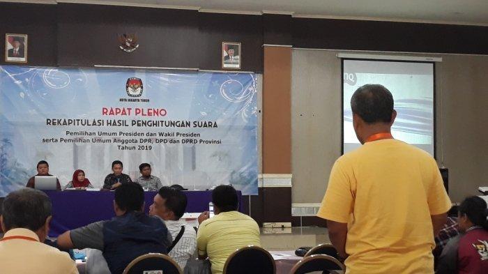 Bawaslu Sesalkan Saksi Partai Golkar yang Walk Out Saat Rapat Pleno Jakarta Timur