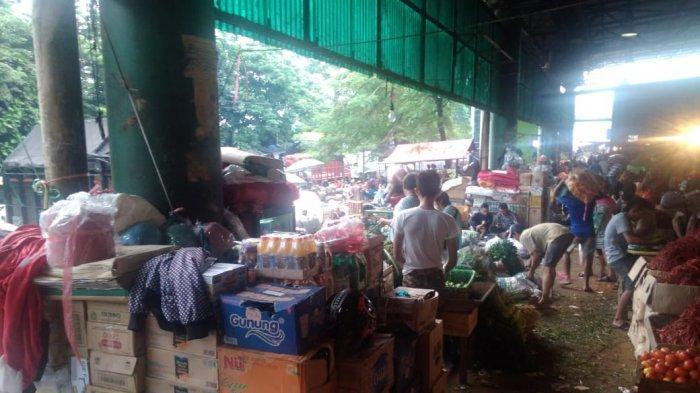Lapak pedagang kopi yang dipungli Rp 800 per bulan oleh petugas Pasar Induk Kramat Jati, Jakarta Timur, Jumat (14/12/2018).
