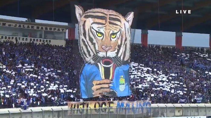 Perlakuan Bobotoh Dipuji Hamka Hamzah, Berharap Berlanjut saat Persib Bandung Tandang ke Malang