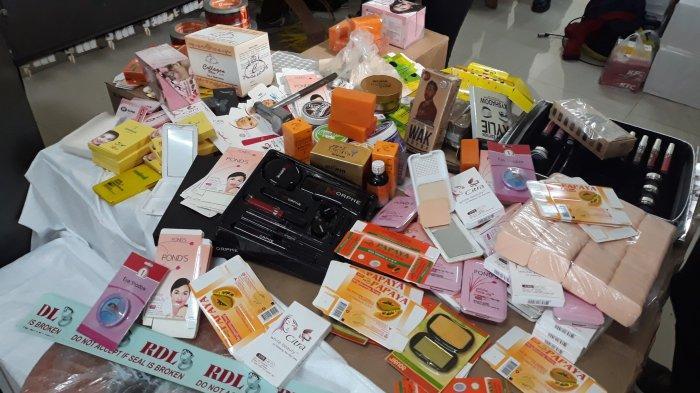 Awas! Bahaya Efek Samping Kosmetik Abal-Abal, Apa yang Perlu Diperhatikan?