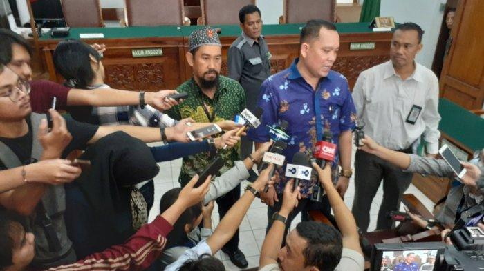 Tak Terima Sidang Ditunda Terlalu Lama, Kuasa Hukum Kivlan Zen Laporkan Hakim ke Komisi Yudisial