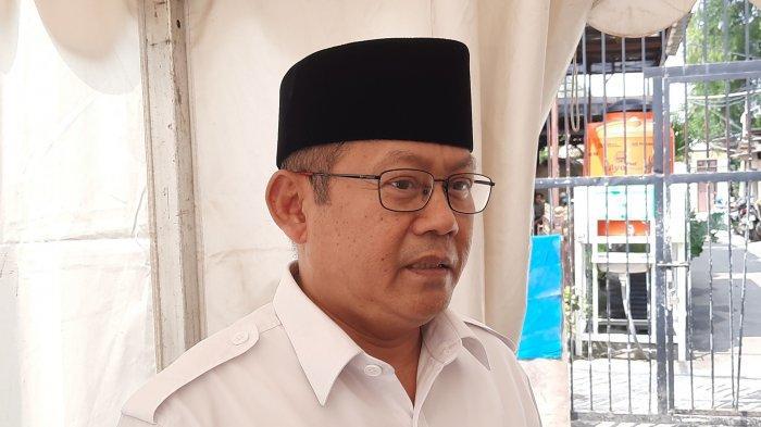 Kuasa hukum tersangka AT (21) Bambang Sunaryo saat dijumpai di Polres Metro Bekasi Kota, Jumat (21/5/2021).