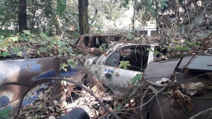 Melihat Ngerinya Kuburan Mobil di Purwakarta: Kendaraan Ada yang Tidak Punya Bentuk Lagi