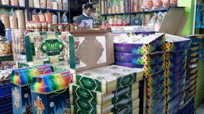 Daya Beli Kue Lebaran Menurun, Pedagang Kue di Bekasi Harus Gigit Jari: Omzet Menurun Drastis