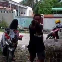 Kurir COD di Tangerang Diamuk Pembeli, Ancam Diborgol Karena Barang Tak Sesuai Pesanan