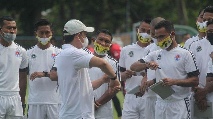 Dukung Pemain Profesional Ambil Lisensi Kepelatihan, Pelatih MU: Indonesia Kekurangan Pelatih