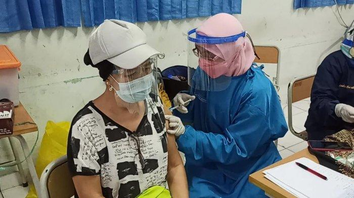 40 Ribu Vaksin Covid-19 Disiapkan Untuk Masyarakat Lansia Kota Tangerang