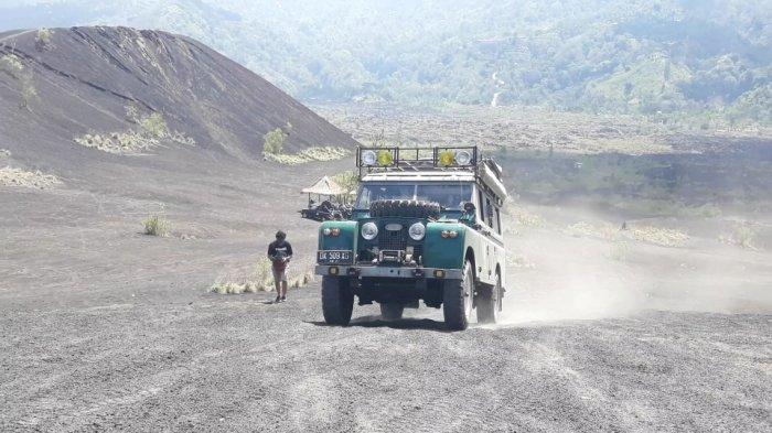 Berpetualang dengan Land Rover Klasik Menuju Kaki Gunung Batur Bali