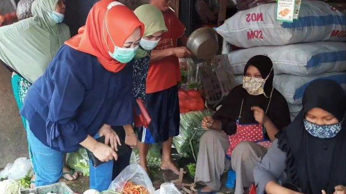 Lapak pedagang cabai di Pasar Kramat Jati, Jakarta Timur, Rabu (3/3/2021).