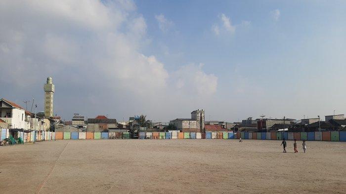 Lapangan Sepak Bola Kalibaru: Lapangan dengan Bahan Dasar Pasir, Sudah Ada Sejak 1965, Khas Jakarta