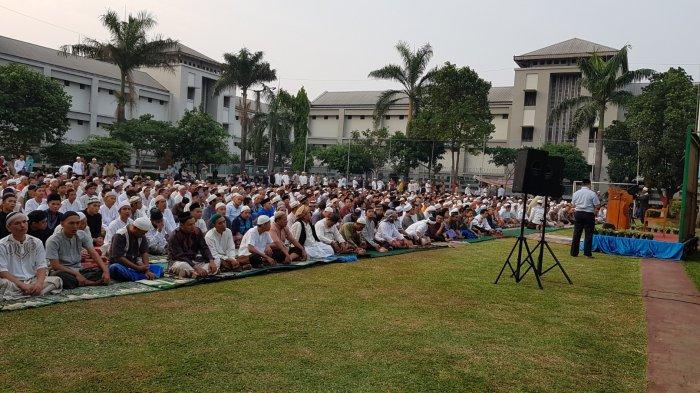 Bacaan Bilal Salat Idul Fitri 1442 H / 2021, Catat Juga Panduan Pelaksanaanya dari Kemenag