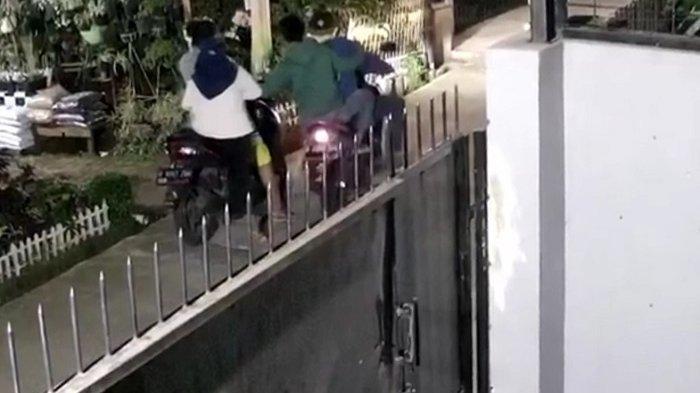 Dua Wanita di Depok Jadi Sasaran Jambret Handphone Saat Mengendarai Sepeda Motor