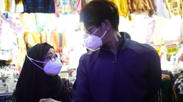 Rizky Billar Tawar Sepatu untuk Lesty di Pasar, Penjual Kaget Lihat Ini: Ganteng Tapi Bawaannya
