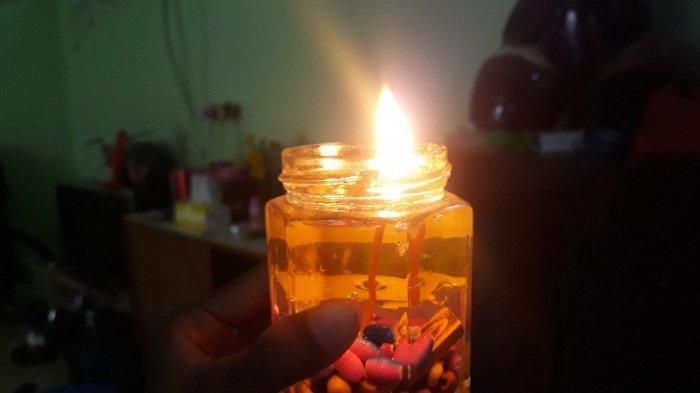 Gangguan Listrik Masih Terjadi, Yuk Buat Lilin Sendiri Ala Rumahan