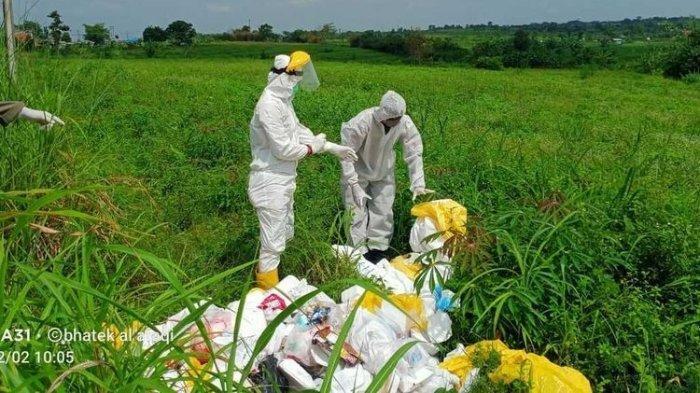 Deretan Foto Limbah Berisi APD sampai Masker Bekas di Bogor, Diduga Dibuang Perusahaan Sampah Medis