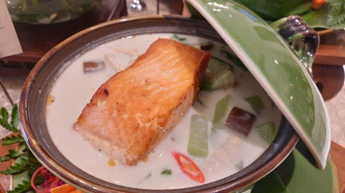 Lodeh Gedongan, Kuliner Nusantara Dikombinasikan Potongan Salmon Ala Restoran Bunga Rampai