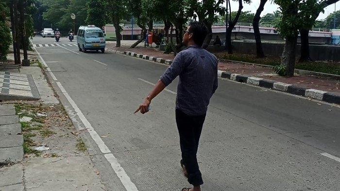 Lokasi penyerangan geng motor yang menewaskan korban MR (32), di Jalan Sindang, Rawa Badak Utara, Koja, Jakarta Utara, Minggu (1/8/2021).
